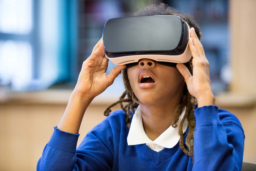 CHLA-A-Game-Changer-VR-Reduces-Pain-Anxiety-in-Children.jpg