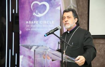 CHLA-Armenian-AmbassadorsAgape-Circle-3rd-Annual-02.jpg
