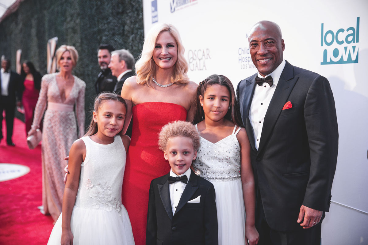 Media mogul, comedian and philanthropist Byron Allen with his wife, Jennifer Lucas, and children (left to right): Olivia, Lucas and Chloe