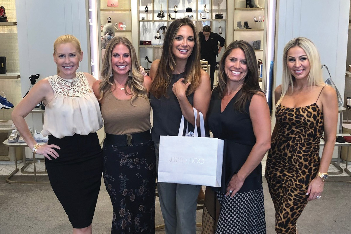 Left to right: Event co-host Amy Darvish; Jillian Green, Assistant Vice President, Corporate Partnerships at CHLA; Alexandra Meneses Simpson, a member of the CHLA Foundation Board of Trustees; Dawn Wilcox, Vice President, Corporate Partnerships at CHLA; and event co-host Nilay Celik