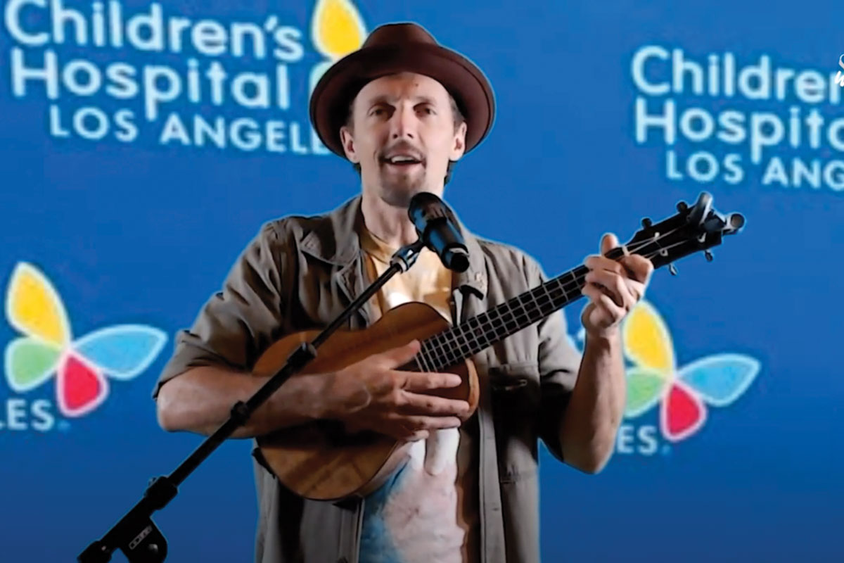 Singer-songwriter Jason Mraz performed a song during the event.