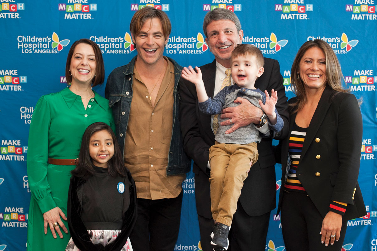 Left to right: Alexandra Carter, Senior Vice President and Chief Development Officer at CHLA, patient Kairi Ramirez, actor Chris Pine, CHLA President and CEO Paul S. Viviano, patient Elliott Fletcher and Dawn Wilcox, Vice President, Corporate Partnerships at CHLA