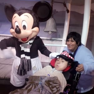 chla-connie-morales-with-mom-and-mickey.jpg