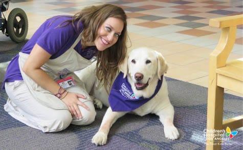 chla-oscar-therapy-dog-jacqui-2.jpg